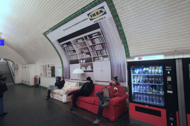 guerrilla marketing - ikea paris subway